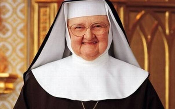mother_angelica-2