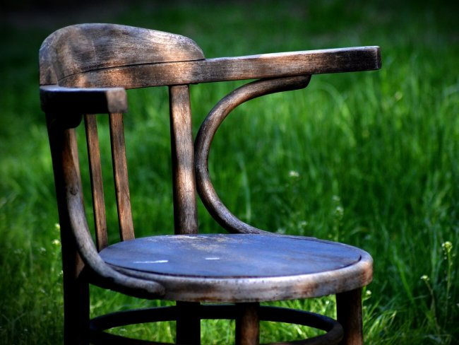 empty chair grass sedevacantists